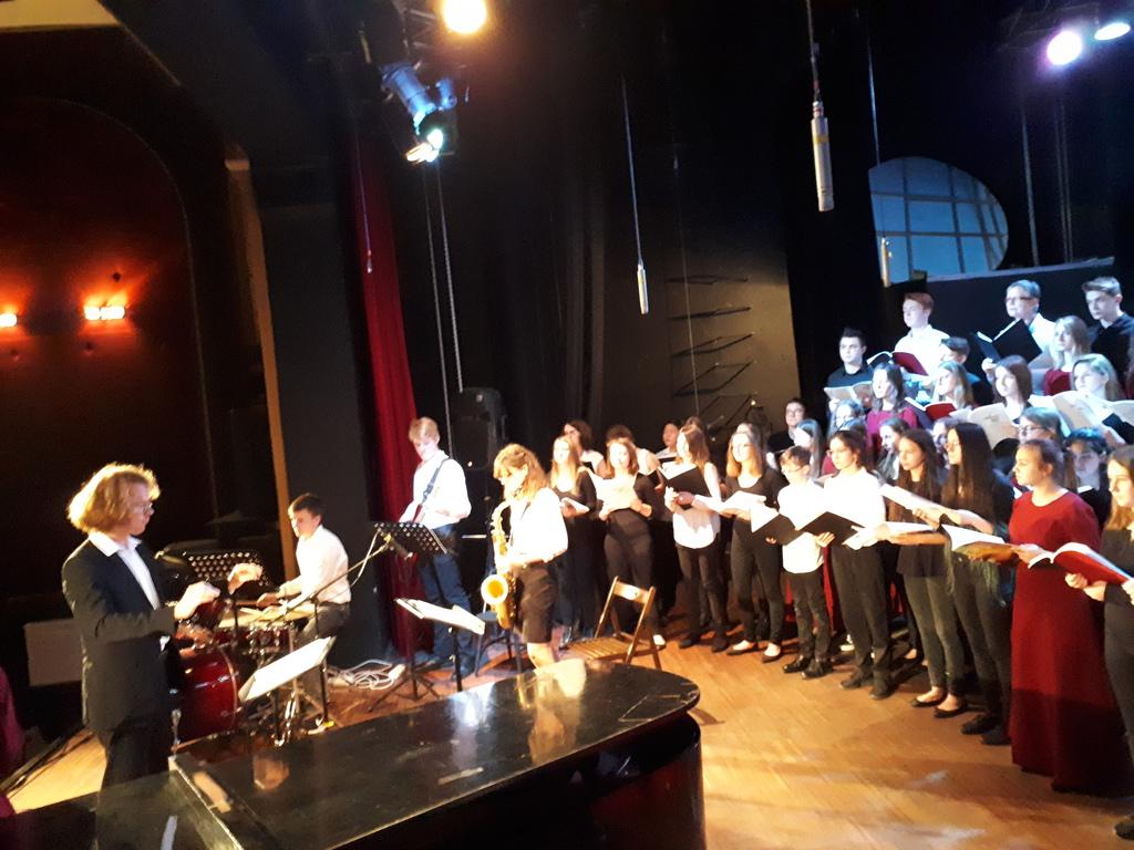 3 - Występ na koncercie w Centrum Kultury w Głuchołazach.jpeg